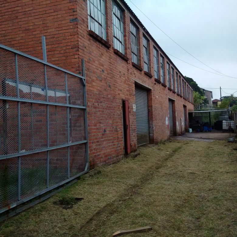 INDUSTRIAL AND WAREHOUSING SPACE TO LET IN ISIPINGO RAIL