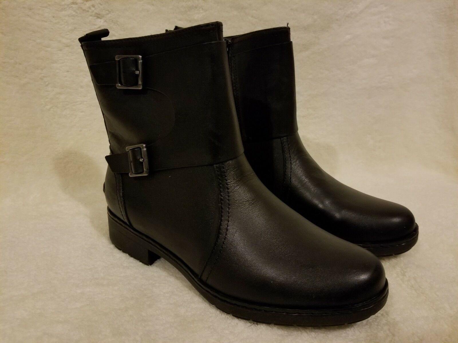 NEW Clarks Women's Boots Merrian Betsy  Black Leather Sz 7M