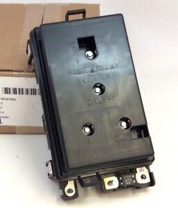 gmc junction engine fuse box wires buick rainier chevy trailblazer wiring junction block fuse ... 1999 gmc sierra 1500 fuse box #10
