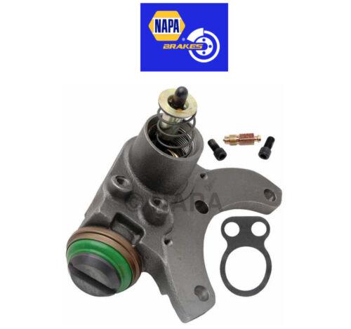 Wheel Cylinder Right Rear fits Ford B600 B700 C600 F600 LN600 F700 NAPA 37763