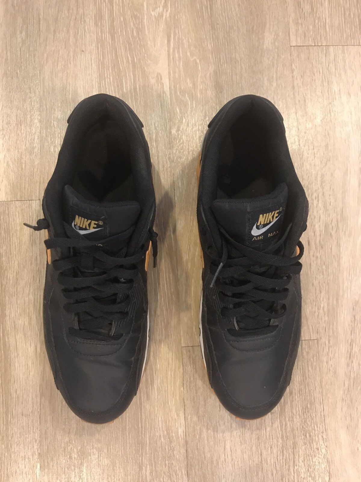 Black & Orange S:Mens Nike Air Max in Good Condition