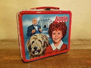 Vintage-1981-Aladdin-Annie-Lunch-Box-without-Thermos