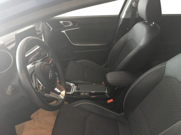 Kia Ceed 1,4 T-GDi Intro Edition DCT billede 5
