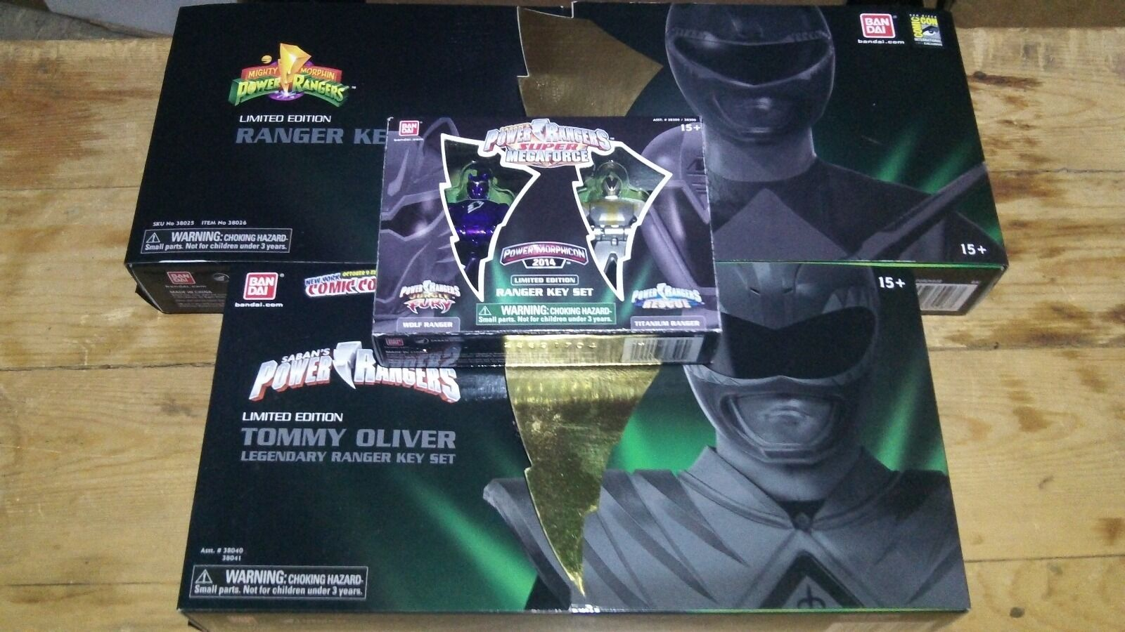 Power Rangers Mighty SDCC Morphicon Titanium Jungle Fury Wolf KEY NEW Grün