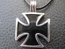 Eisernes Kreuz Edelstahl + Lederband Ketten Anhänger / ES 421