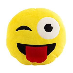 Cuscino peluche a forma di emoticon smile occhiolino con linguaccia decorativo ebay - Letto a forma di peluche ...