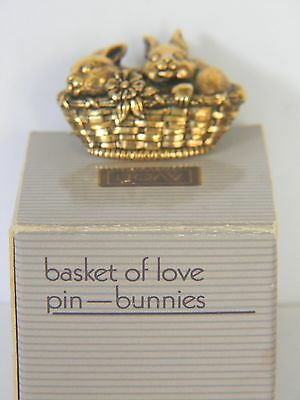 VINTAGE AVON 1990 BASKET OF LOVE BUNNIES GOLDTONE PIN