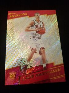 2017-18-Panini-Revolution-113-Lauri-Markkanen-RC-Chicago-Bulls