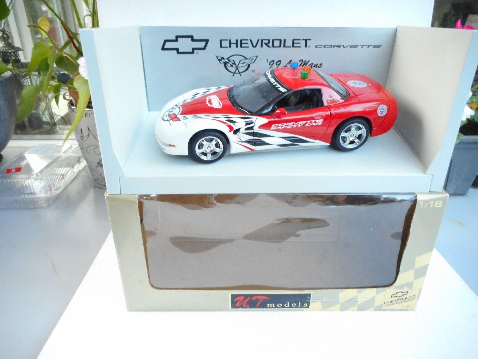 UT MODELS UT0597 CHEVROLET CORVETTE - SAFETY CAR LE MANS 1 18 MINT BOX