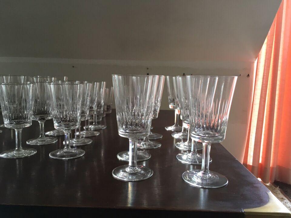 Glas, Samling af krystal glas