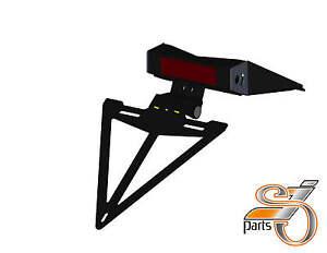 ktm 200 duke kennzeichenhalter ab 2012 mit beleuchtung ebay. Black Bedroom Furniture Sets. Home Design Ideas