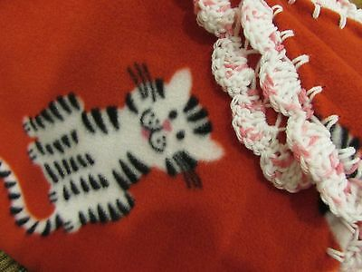 Baby Blanket Red Fleece With Black And White Kitty Cats With Pink /& White Shell Crochet Edge