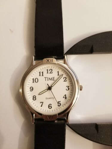 Working Vintage watch from TIME magazine .