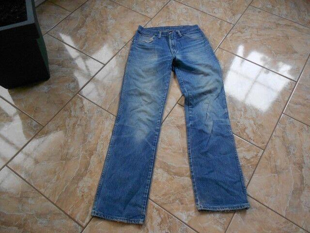 H9306 Wrangler  Jeans Jeans Jeans W33 L34 Mittelblau  Gut    Attraktives Aussehen  dd8748