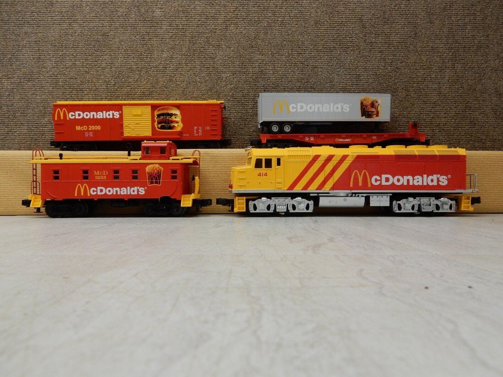 MTH RAILKING 30-4042-0 McDonalds F40ph Diesel Engine Freight Train   32