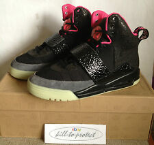 (Usado) Nike Air Yeezy 1 un parpadeo Us8.5 Uk7.5 Negro 366164-003 Glow Kanye West