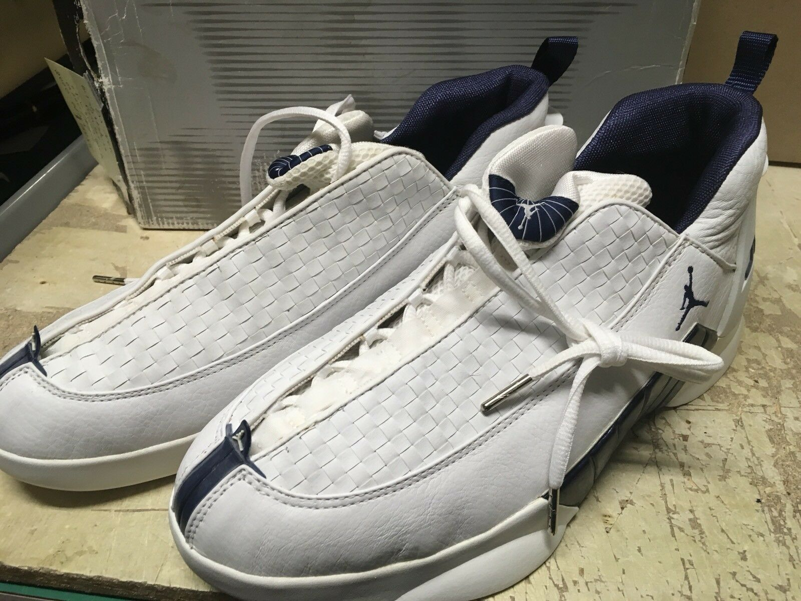 DS MENS NIKE AIR JORDAN XV LOW 2000 EDITION 136035 141 SZ 12 FREE AIR AGE STAINS