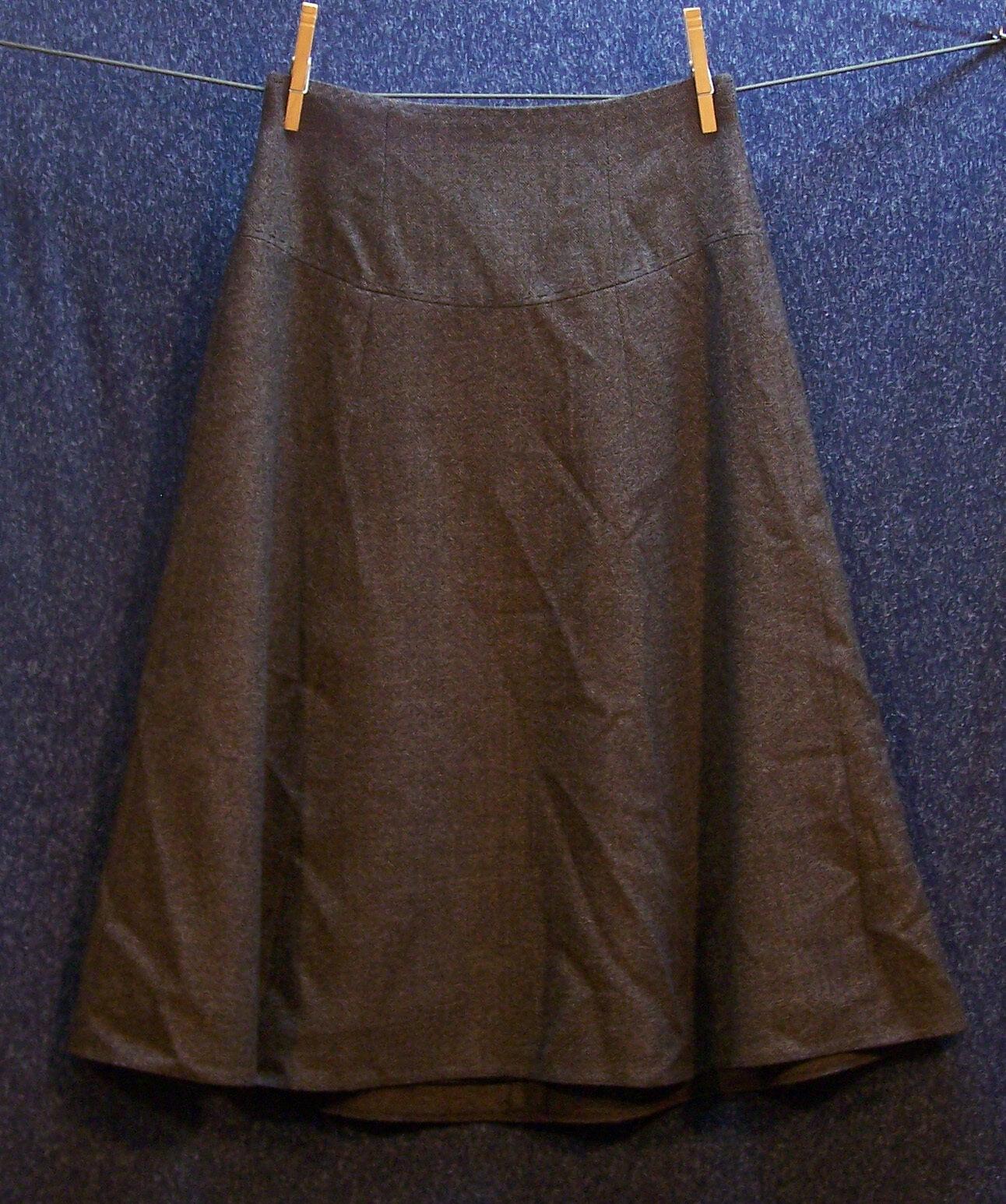 Elie Taharie Size 2 Brown Virgin Wool Skirt