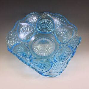 EARLY-PRESSED-GLASS-EAPG-1910-McKEE-BROS-BLUE-PLYTEC-SQUARE-BOWL-RADIANT-PETAL