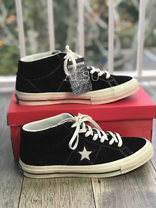 Sneakers-Mens-Converse-One-Star-Mid-Top-Suede-Black-Egret