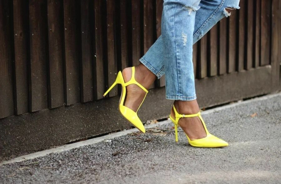 NWT ZARA YELLOW HIGH HEEL MULES WITH ANKLE STRAP BLOGGERS SIZE 40 7