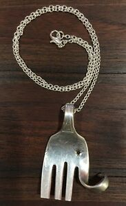 VINTAGE-ANTIQUE-SPOON-FORK-18-034-Elephant-Necklace-Silvr-Plated-Silverware-Jewelry