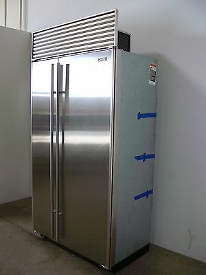 Sub Zero 642 42 Stainless Steel Side By Refrigerator Freezer W Ice Maker