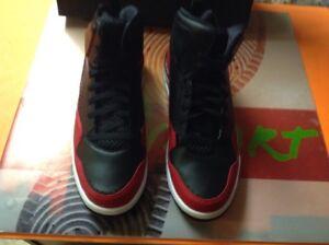 Air Süß Off 3 Schwarz Sc 11 Weiß 009 5 court Rot Männer Gr Jordan 629877 Nike dwZqgd