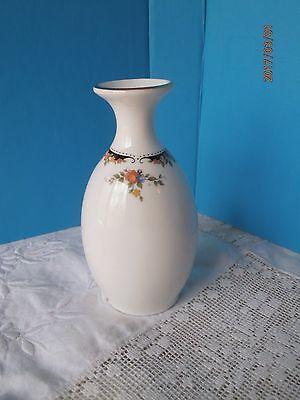Wedgwood Osborne Bud Vase 5 Gold Trim Bone China Made In England Ebay