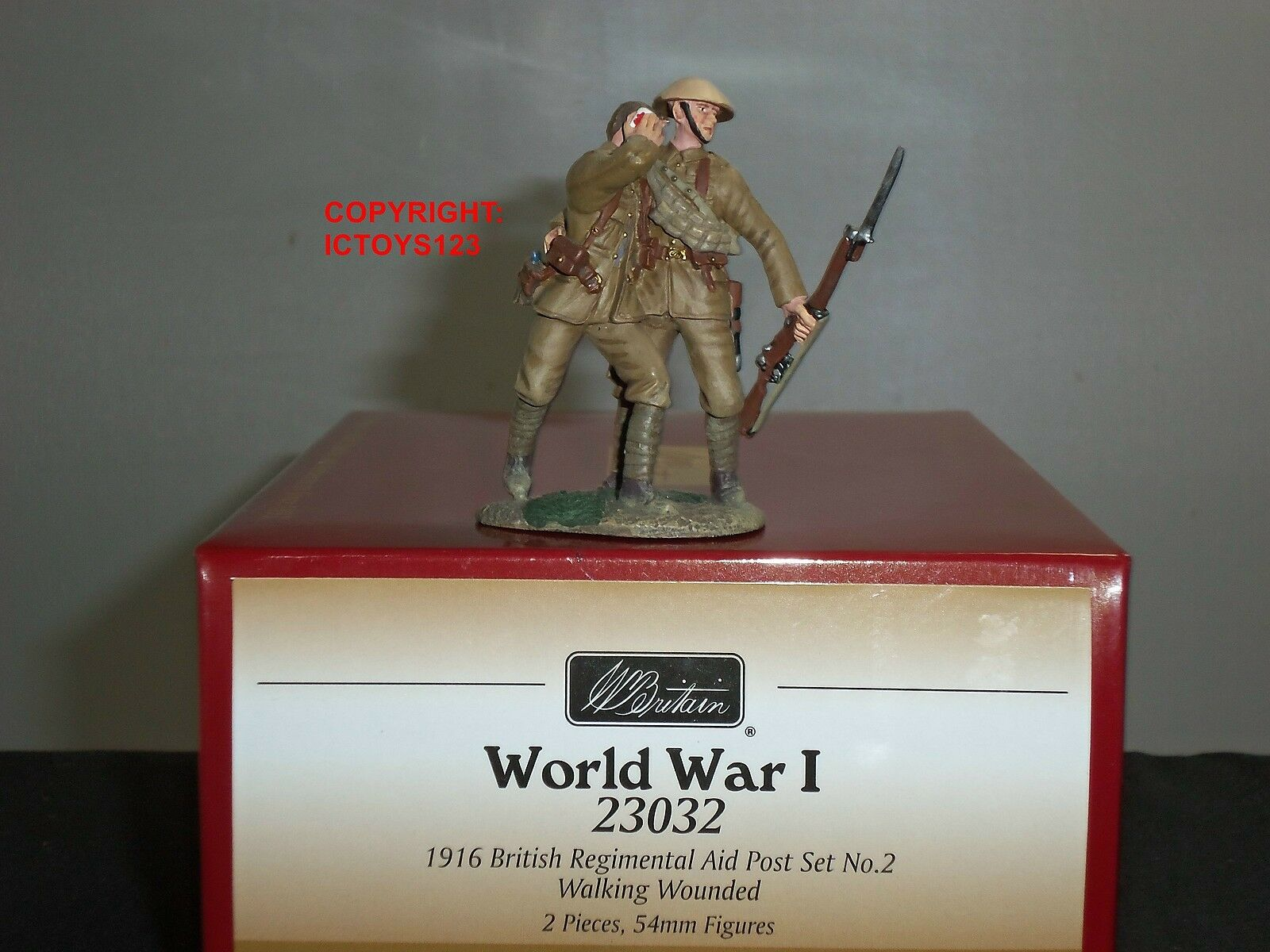 BRITAINS 23032 WORLD WAR ONE BRITISH REGIMENTAL AID POST WALKING WOUNDED SET 2