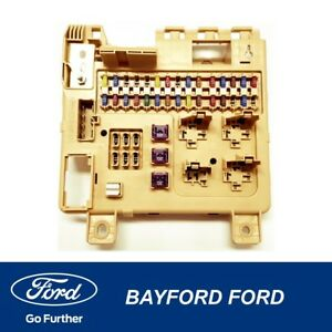 FUSE-BOX-ASSEMBLY-THE-ONE-THE-HOOD-CABLE-ATTACHES-TOO-FORD-BA-BF-TERRITORY-SX