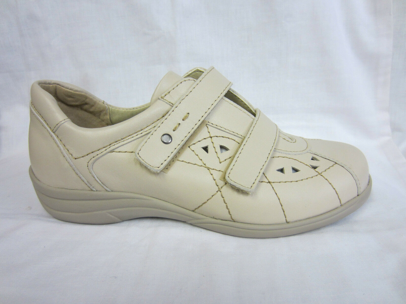 Easy B Cynthia Navy or Schuhe Beige Wide Fitting Leder Schuhe or 0618c9