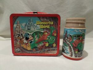 """VINTAGE 1980 (MCMLXXX) """"MICKEY MOUSE"""" METAL LUNCH BOX WITH MATCHING THERMAS BY A"""