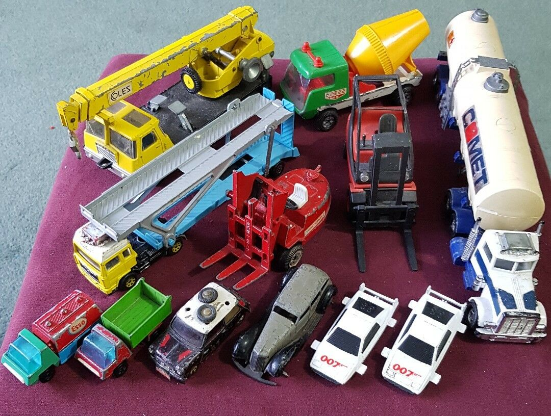 COLLECTION JOB LOT Diecast Toy voitures dinky corgi Lone Star ect