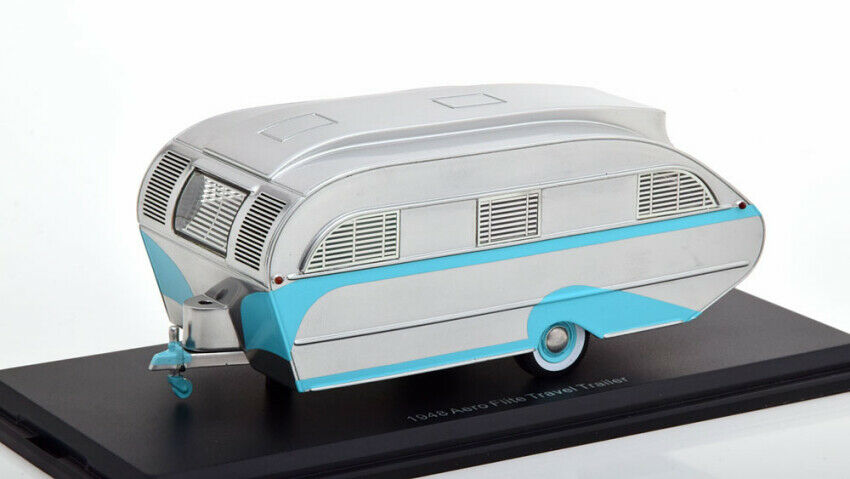 Aero Flite Falcon Travel Trailer Silver   Turquoise 1 43 Model NEO SCALE MODELS