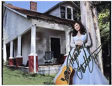 "1426 Loretta Lynn Autograph Autographed Signed 8x10"" Photo"