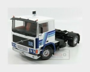 Volvo F12 blanche et bleue 1977 road-kings 1:18 Rk180033