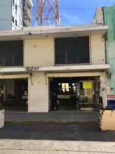 SE VENDE LOCAL COMERCIAL BIEN UBICADO EN EL CENTRO DE MERIDA. EXCELENTE INVERSION.