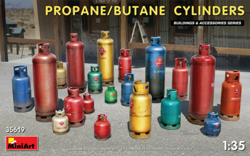 MINIART 35619 Propane Butane Cylinders Set in 1:35