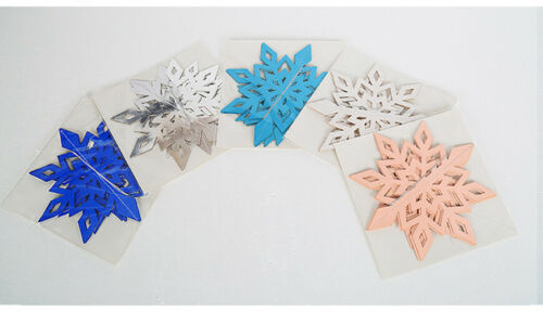 Details about  /Christmas Snowflakes Decorations 3D Hollow Snowflake Paper Garland Ornament Xmas