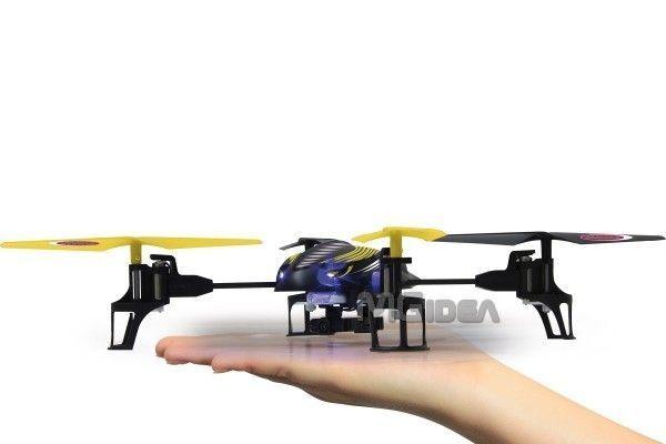 Quadricottero radiocomandato Q- Drone con TELECAMERA ColorI a Bordo in 2,4 GHz