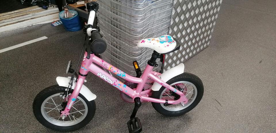 En børnecykel EVERTON