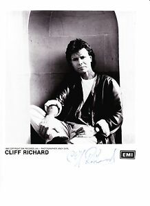 Cliff-Richard-Autograph-Original-Hand-Signed-Photo