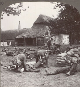 WW1-After-the-Battle-Stretcher-Bearers-at-Work-Tenderly-Lifting-a-Serious-Case