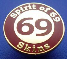 SKINHEAD SKA REGGAE BADGE - SPIRIT OF 69 - 16MM - RED