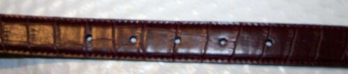 WHITE STAG NWT! Sz S//M Brown Alligator//Solid Black Women/'s REVERSIBLE Belt