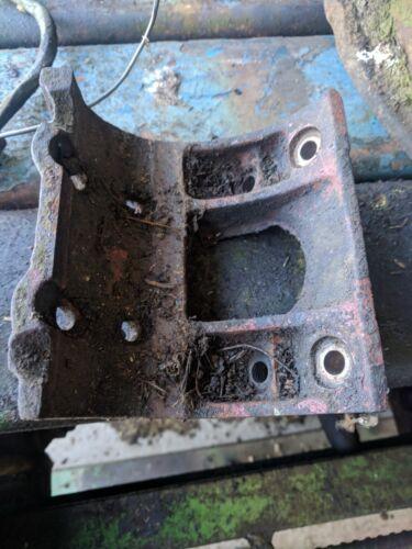 Pompe à Carburant Support Enlevé Fordson Major