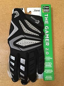Cutters-2017-The-Gamer-2-0-Padded-Football-Glove-S651