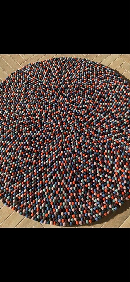 Gulvtæppe, Kugletæppe fra HAY, b: 140