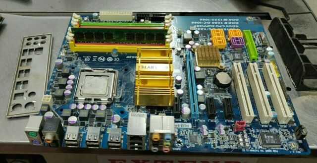 Gigabyte Technology GA-EP35C-DS3R, LGA 775/Socket T, Intel Motherboard